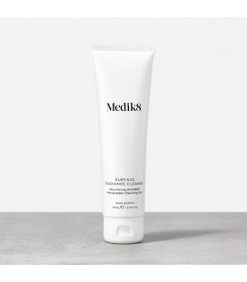 Surface Radiance Cleanse MEDIK8